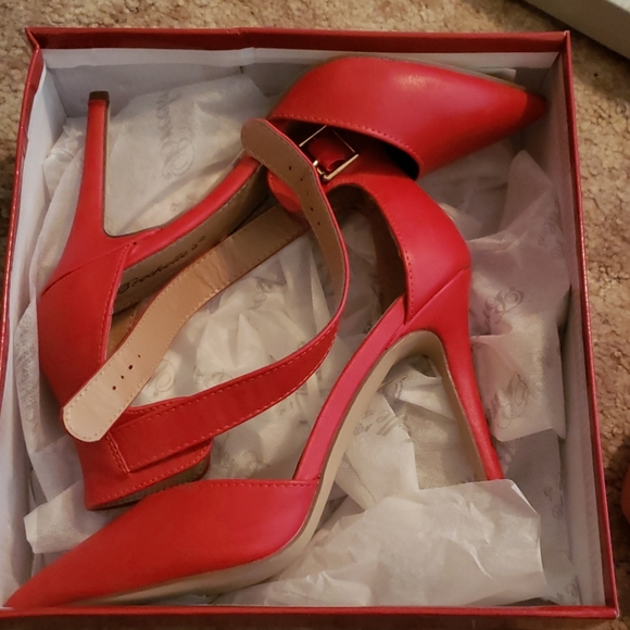 Red Heels Cheap